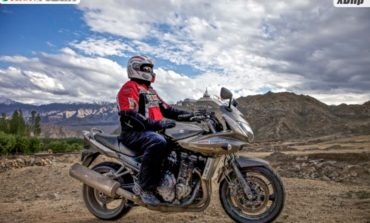 Motorcycling to Ladakh : Powered by Castrol POWER1
